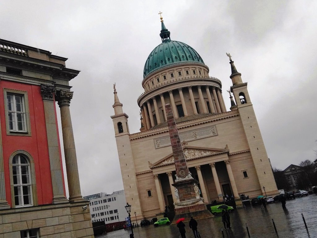 Gedeckter Tisch Nikolaikirche